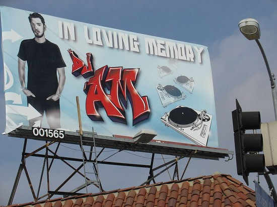 800px-DJ_AM_billboard